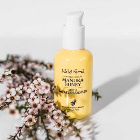 MANUKA HONEY GENTLE FACIAL CLEANSER 140ML